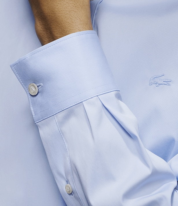 Stretch poplin with refined topstitching for a beautiful finish, subtle tonal crocodile